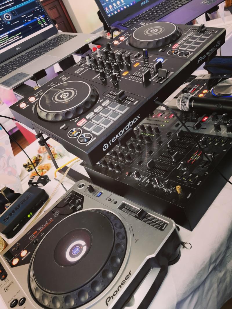 DJ Pentru Botez & Petreceri Private