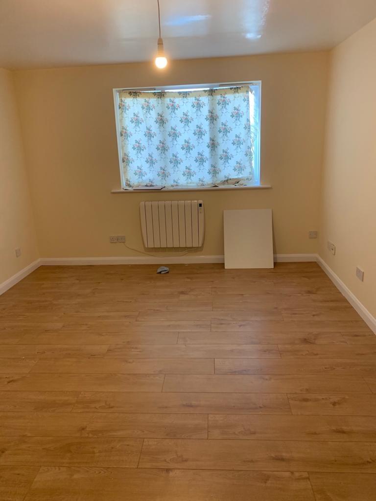 Flat 2 dormitoare,parter,Dagenham East