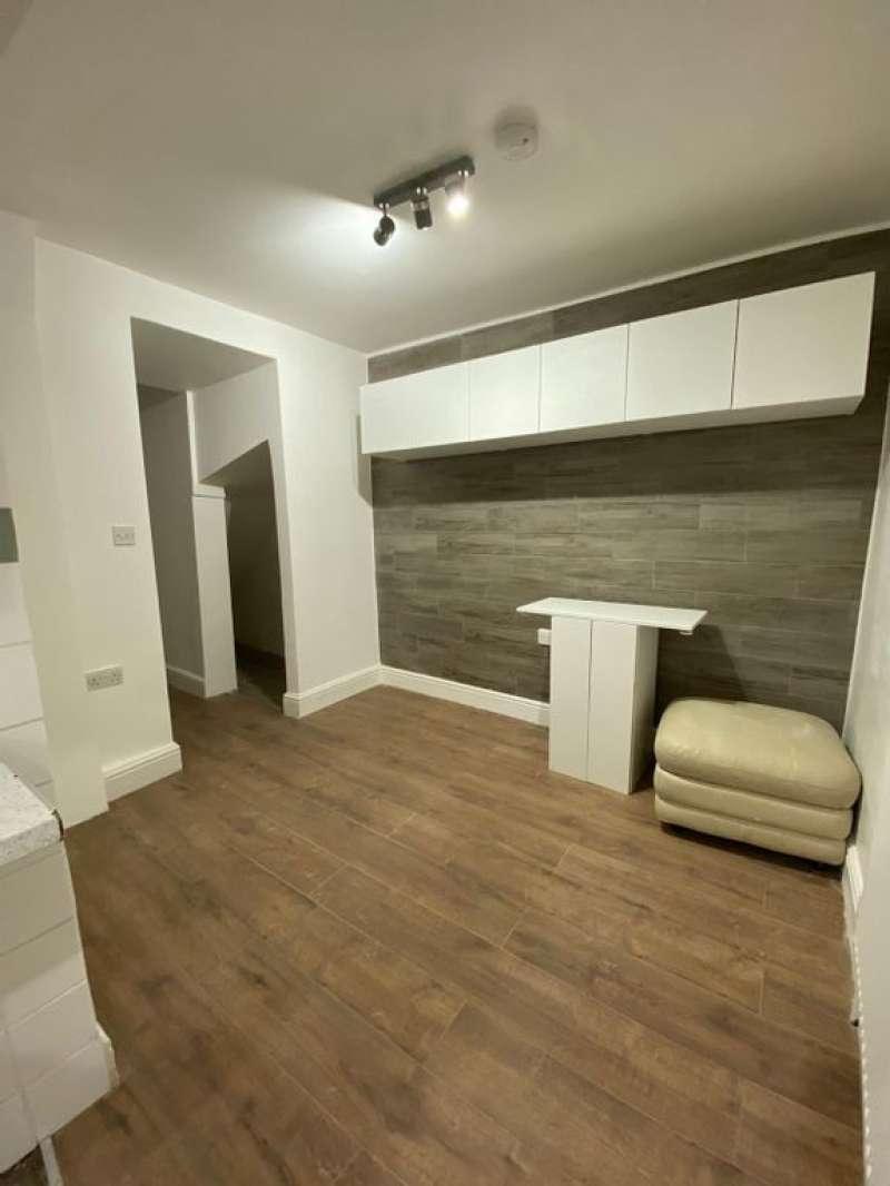 1 bedroom flat in High Road Leytonstone